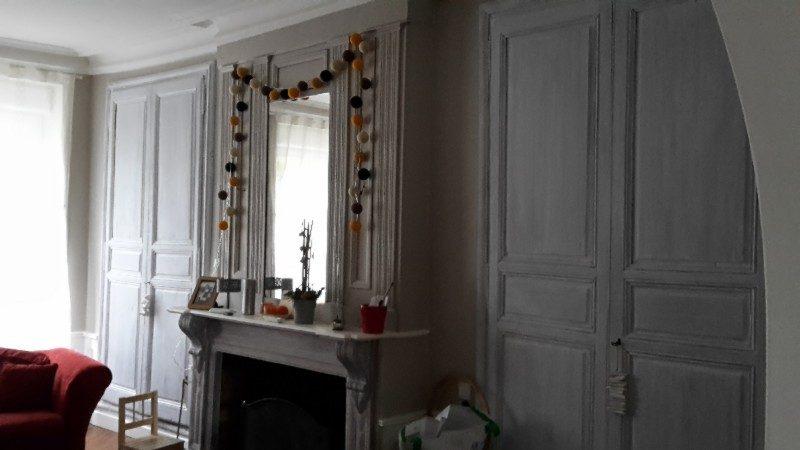 Peinture sur  murs + serrure sur porte