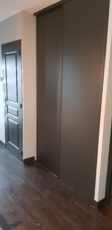 Peinture sur porte et placard