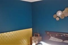 Murs peints avec création d'un soubassement en tapisserie